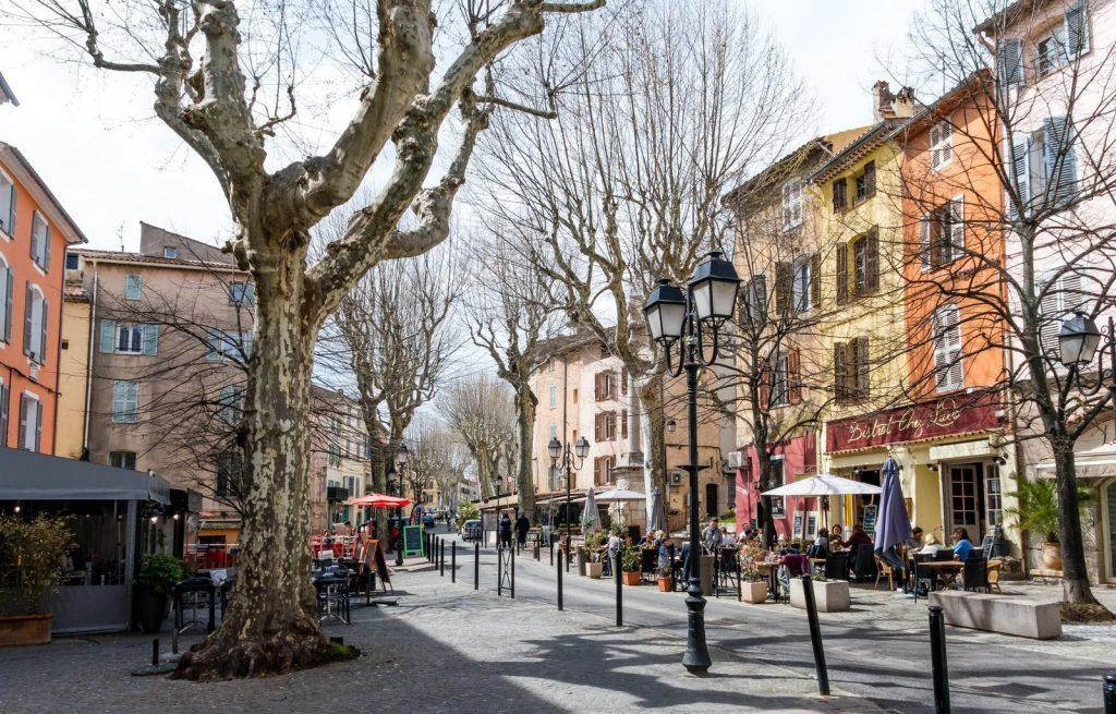 Place des Ormes